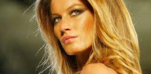 La doctora Bouret trabaja los puntos secretos de tu rostro que definen a una Top Model.